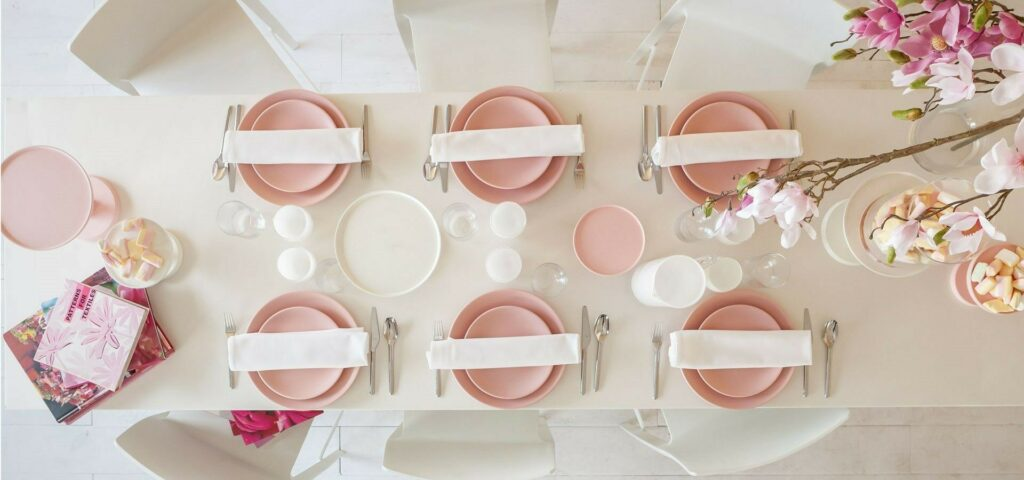 location table pastel