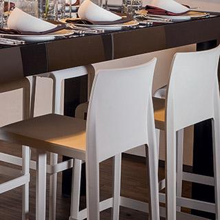 Location De Mobilier Tables Chaise Pour Réceptions Buffet