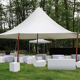 Location de mobilier, tables, chaise pour réceptions, buffet ...