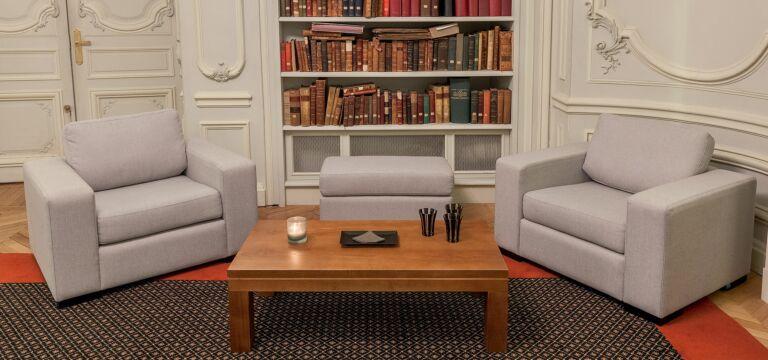 Select Lounge